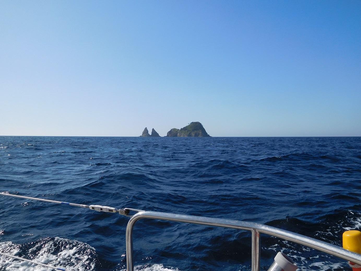 道後水道二股島